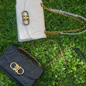 低至5折,入经典蝴蝶包包Salvatore Ferragamo 精选女士包包、鞋履热卖
