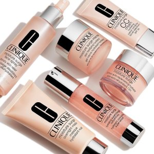 Free up to 11-Piece Gift (Up To $135 Value)with Any $29 Moisture Surge Purchase @ Clinique