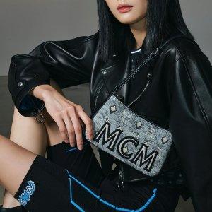 MCM老花logo迷你斜挎包