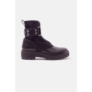 3.1 Phillip LimCat 短靴