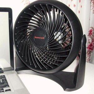 $14.99(原价$44.92)Honeywell TurboForce HT-900 涡轮风扇