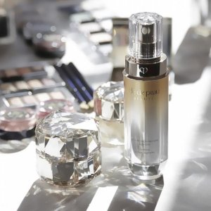 Receive Deluxe Samplewith $100+ purchase @ Cle de Peau Beaute
