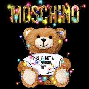 低至5折+额外8折 收最潮小熊Moschino 服饰、包包等热卖