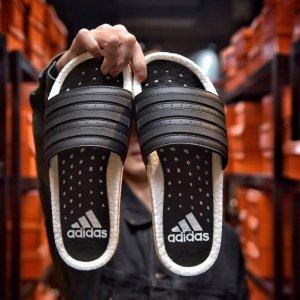 $37.3起(原价$80)Adidas Adilette Boost 拖鞋 封面白色 男女同款