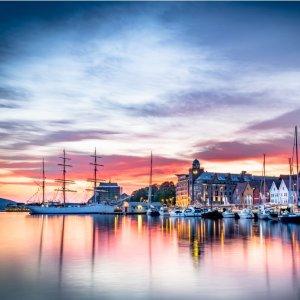 ¥1595起  家庭最高省¥9000携程 x 旅游局推荐 挪威自由行 峡湾/滑雪/极光随心组合