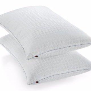 $5.99Tommy Hilfiger 经典舒适枕 超低热卖