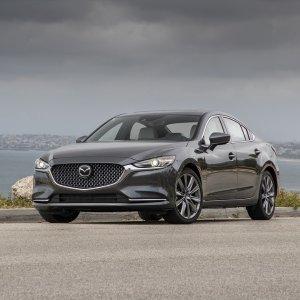 首次涡轮化 内饰全换新2018 Mazda 6 中型轿车