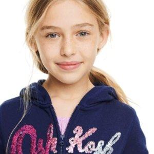 一律5折+满$60享额外7折 0-14岁码都有OshKosh BGosh 儿童实用薄款卫衣$9.1起 绒绒卫衣$15.96