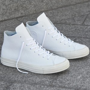 GET 50% OFFSELECT LEATHER STYLES @ Converse