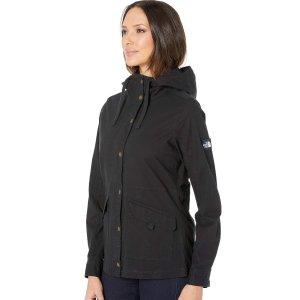 $74.98包邮(原价$149.99)The North Face 女款连帽冲锋衣 三色选