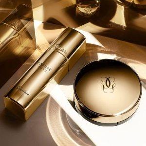 收新款金钻粉底 升级抗氧化配方上新:Guerlain 金钻系列上新 妆容24小时细腻不暗沉的秘密