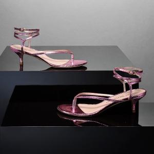 低至5折 樱花粉芭蕾鞋€125Stuart Weitzman 春夏新款经典款闪促 马卡龙色系简直美翻