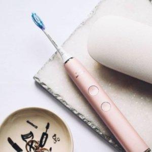 5种洁牙功能 €134.52收粉色套装Philips 声波钻石电动牙刷热卖 人手一支的牙齿焕白神器