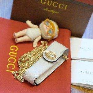 双色可选 $365 带回家上新:Gucci 新款力作口红包上线 精致小巧既是包包也是项链