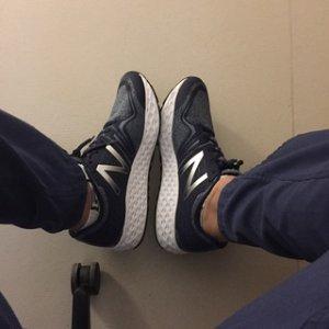 低至4折New Balance 男女运动鞋闪购