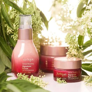 Dealmoon Exclusive! 30% off+ FREE Revitalising Cleansing Gel 20g with $35 Rosewater Balancing Mist @ Jurlique