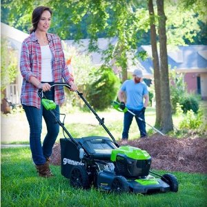 Greenworks 21-Inch 40V Brushless Cordless Mower, Two 2.5 Ah Batteries Included