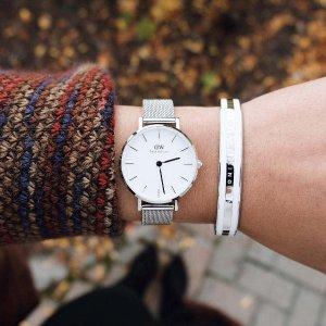 6.3折 $135.19(官网原价$215)Daniel Wellington Petite Sterling 28mm 银色金属编织时尚手表