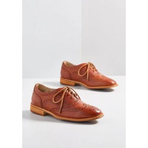 Get 40% Off when spend $175Talking Picture Oxford Flat