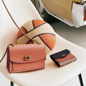 Up to 40% Off + Extra 25% OffCoach Handbags