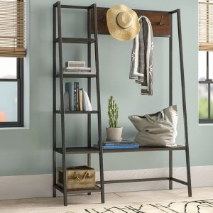 Modern Rustic Interiors 衣架