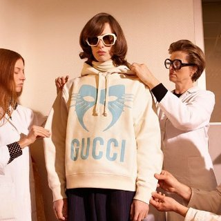 8折 收Off-White新款T恤$200+LN-CC潮服专场,Acne卫衣$176,Gucci明星同款$872