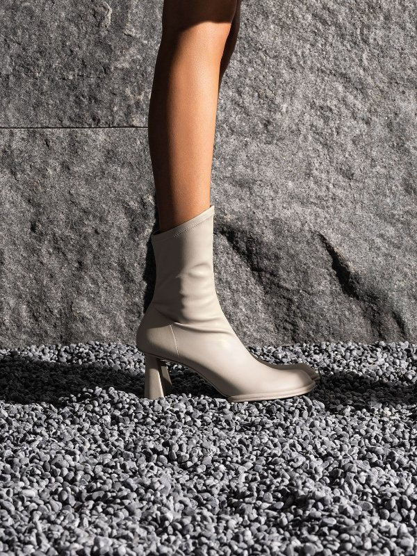 Grey Lucile Asymmetric 靴子