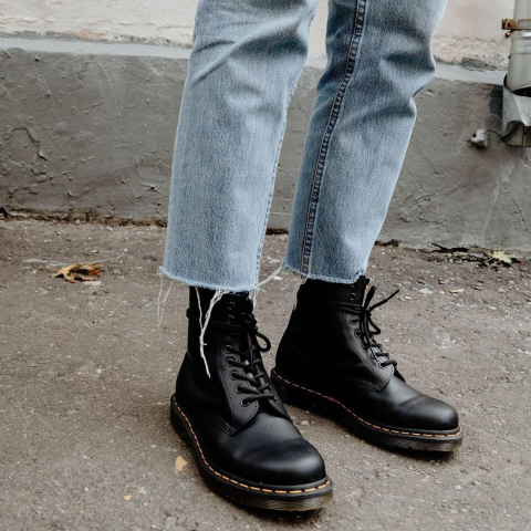 额外7折 8孔1460仅$181Dr Martens 马丁靴年终好价 黑蓝白棕货全