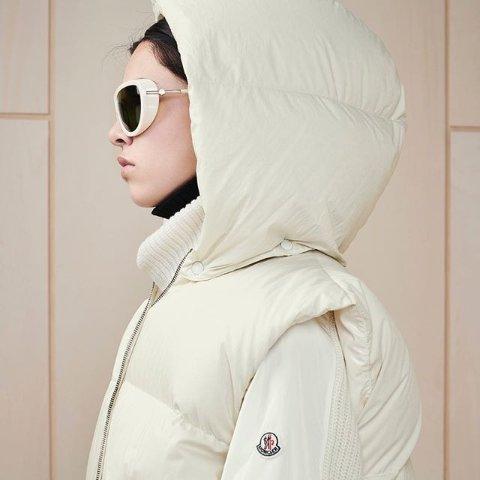 直接8折 €792收羽绒服Moncler蒙口 新款热促 羽绒服届的天花板 轻便保暖又时尚