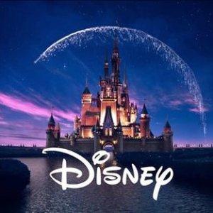 低至6折 €13收雪宝抱枕Disney官网 夏日大促 冰雪奇缘 Elsa人偶仅€8.8