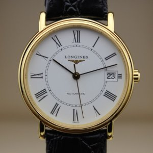 Longinesvia code DMOONFS20Presence Automatic Black Leather Men's Watch