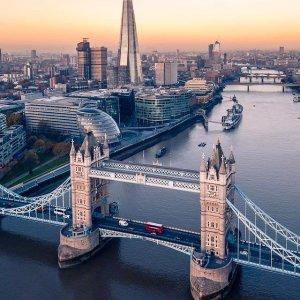 低至4.6折起Buyagift 双人出游专场 碎片大厦、伦敦眼、跳伞好价