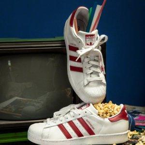 低至5折+额外8折 收众明星同款Adidas官网 奥莱区折上折热卖 NMD、EQT、小椰子、榴莲鞋都有