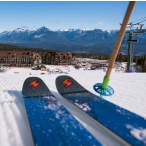 滑雪嗨翻天冬天怎么浪  请你揣好这份加拿大滑雪指南