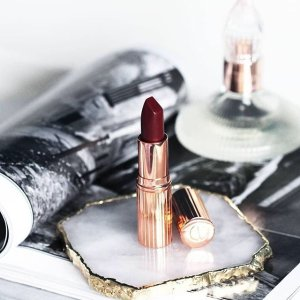 receive a beauty surprise + 2 red envelopesLunar New Year Surprise-Spend $140 or more @ Charlotte Tilbury