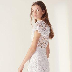 低至4折 $100+收连衣裙折扣升级:Sandro Paris官网 夏季新款美衣热卖