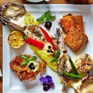 低至4折 伦敦太平洋热带风情Trader Vic's 波利尼西亚美食双人套餐£49