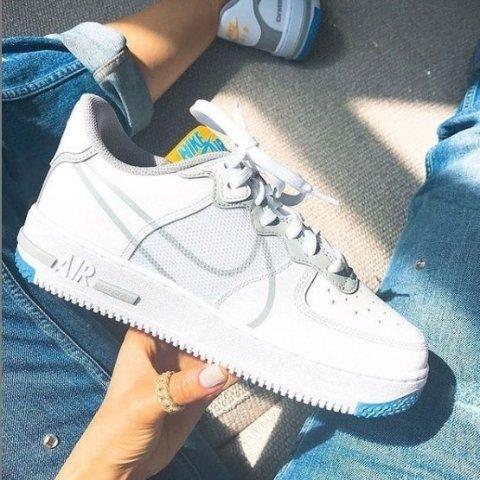 变相4.5折起 €74即可收Nike Air Force 1 专场 超火Sneaker热促 最全配色任你挑