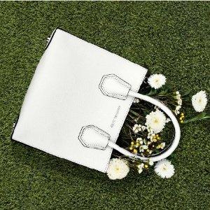 Up to 60% OffMacys Women's Handbags Sale