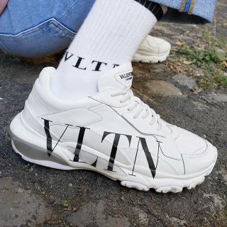 8.5折 收Valentino情侣款铆钉小白鞋LN-CC美鞋专场,Gucci、YSL、Acne等大牌老爹鞋好价