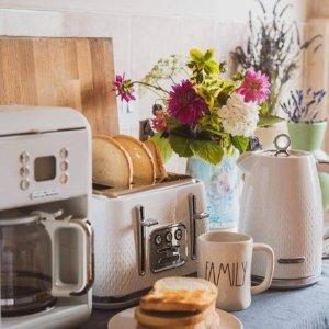 低至£23起 极简欧洲奶白色热卖Morphy Richards 高颜值厨房家电 热水壶、面包机、慢炖锅精选