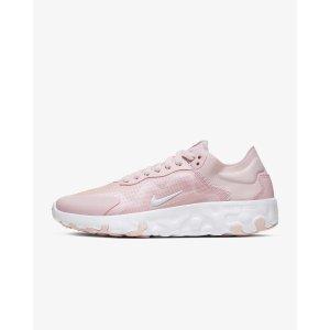 Nike樱花粉运动鞋