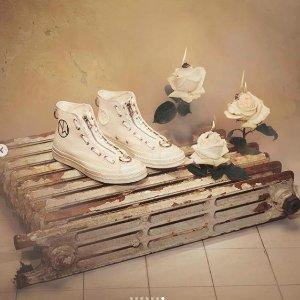 £100收获两大潮牌强强联手上新:Converse X  Undercover 联名款高帮帆布鞋发售