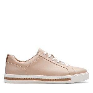 Clarks蜜桃色板鞋