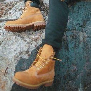 低至4折 收经典款大黄靴Timberland 精选男女潮靴潮鞋折扣热卖