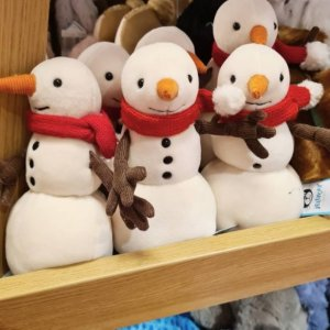 €12收圣诞老人 还有新品水煮蛋Jellycat 圣诞系列补货 圣诞老人、圣诞树、小雪人都有