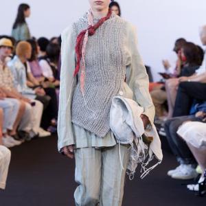 低至2折Acne Studios 时尚专区,紧身牛仔裤$68起,多款可选