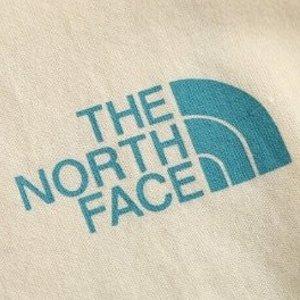 低至5折 logoT恤€21.2The North Face 秋季热促 反季好物心动价 运动背心€32.5