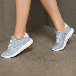 半价+免邮 $45起Ecco Soft 7系列休闲鞋专场,自重超轻,舒适感十足