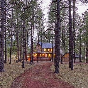 $184起 森林覆盖环境清幽大峡谷国家公园周边独栋别墅 可入住8人 享免费取消
